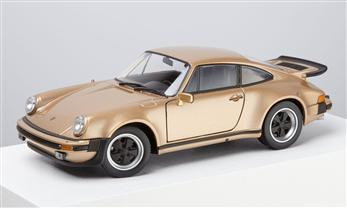 Porsche 911 Turbo, comet diamant, 1:24