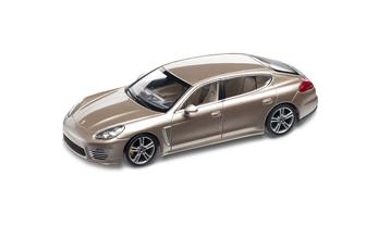 Panamera Turbo S Executive, 1:43