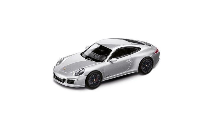911 カレラ4 GTS