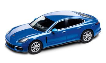 1:43 Model Car | Panamera 4S in Sapphire Blue Metallic