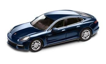 1:43 Model Car | Panamera 4S Diesel in Night Blue Metallic