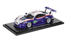 Limited Edition 1:18 Model Car   911 RSR Rothmans