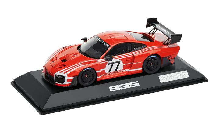 Porsche 935 Salzburg, 1:43