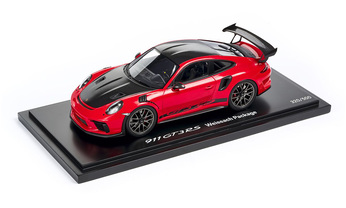 GT3 RS Weissach Pack Guards Red 1:18