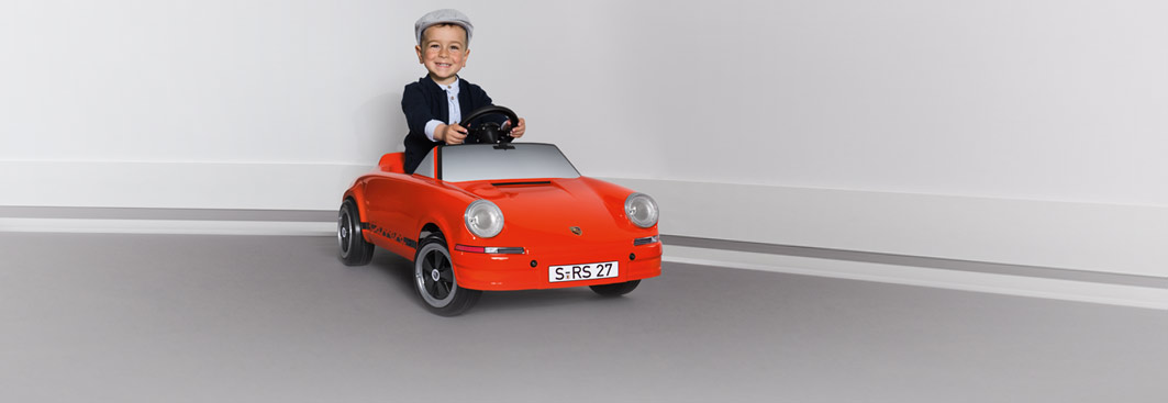 For Kids - 911 Pedal Car